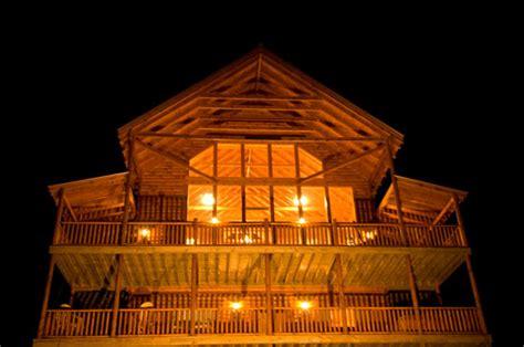 Coppertop Cabin Gatlinburg Tn by Pigeon Forge Cabins Gatlinburg Cabins