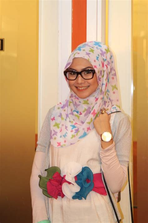 tutorial hijab indah nada puspita hijab scarf ala indah nada puspita tutorial pashmina by