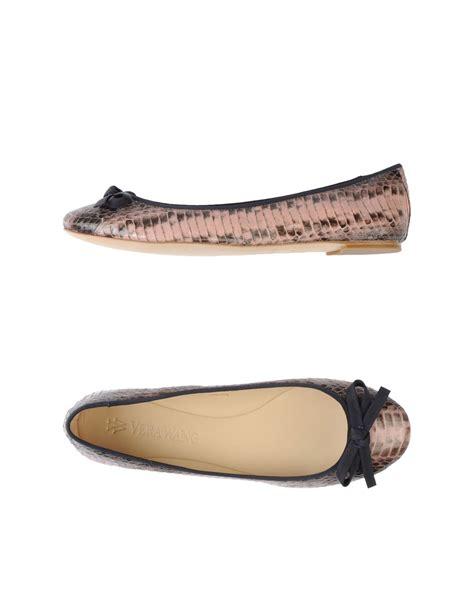 vera wang shoes flats vera wang ballet flats in pink lyst