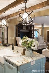 Pendant Lights Over Kitchen Island by 25 Best Ideas About Lights Over Island On Pinterest