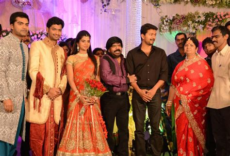 actor vijay daughter latest photos 2015 vijay in marriage function with his family