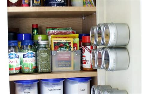 best way to organize pantry best way to organize your kitchen pantry
