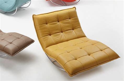 chaise de relaxation chaise longue de relaxation rockme en cuir avec support