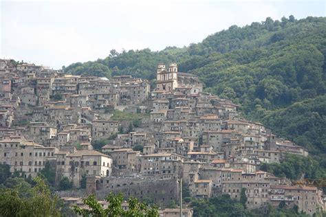 In Search of Verona, Zeffirelli?s Star Crossed Lovers Take