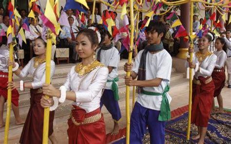 cambodian new year vespa adventures vespa adventures