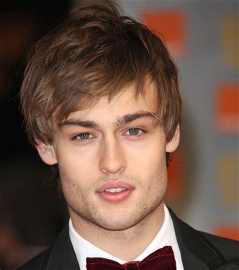 haircut styleing booth douglas booth photos with his medium haircut with long