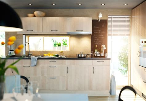 Exceptionnel Tabouret Haut De Cuisine #7: Cuisine-IKEA-en-bois-avec-ses-C3A9lC3A9ments-201210061718227o.jpg