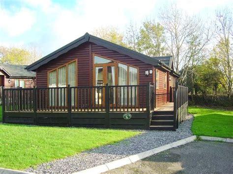 Cornwall Log Cabin Holidays by Coddys Lodge Polperro Near Looe Cornwall