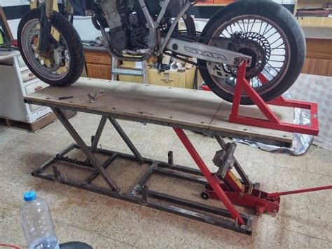 how to a motorcycle lift table 83 best images about motorcycle lifts stands
