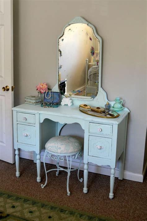 Retro Bedroom Vanity by Shabby Chic Makeup Vanity It Makeup Storage And