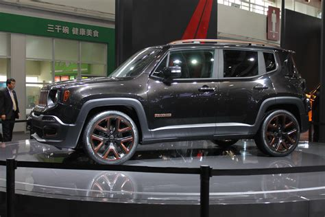 stanced jeep renegade jeep unveils inspired renegade apollo concept at