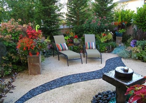 Decomposed granite   garden decoration and landscaping