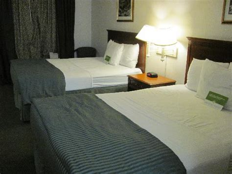 La Quinta Mattress by Room With Beds Picture Of La Quinta Inn Cocoa
