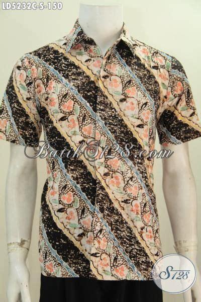 Kemeja Cowok Lengan Pendek Motif kemeja batik bagus motif parang bunga busana batik cowok