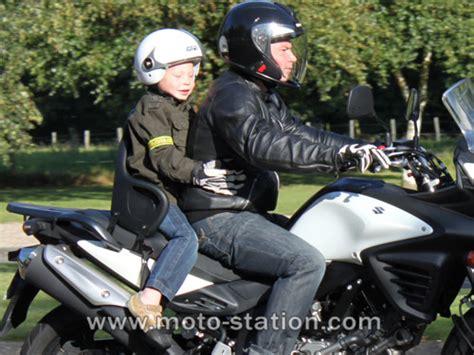 siege moto pour enfant transporter votre enfant 224 moto le guide des parents