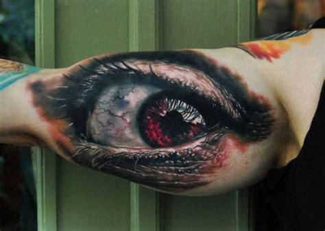 eyeball tattoo real visual destruction video 35 tatuagens loucas que s 227 o muito realistas blog tediado