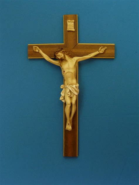 The Crucifix by Simplyquiet The Cross Or The Crucifix A Simple