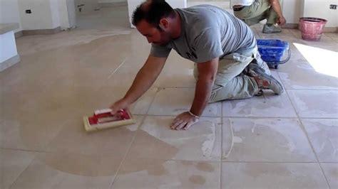 posa piastrelle 60x60 plm pavimenti in pietra posa di piastrelle sietrini
