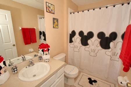 disney bathroom ideas disney the kid and cream on pinterest