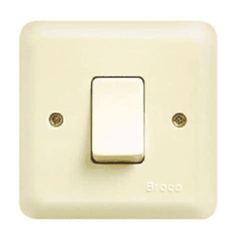 Saklar Biasa memasang instalasi listrik rumah tambahan listrik