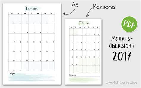 kalender mit monatsuebersicht kalender