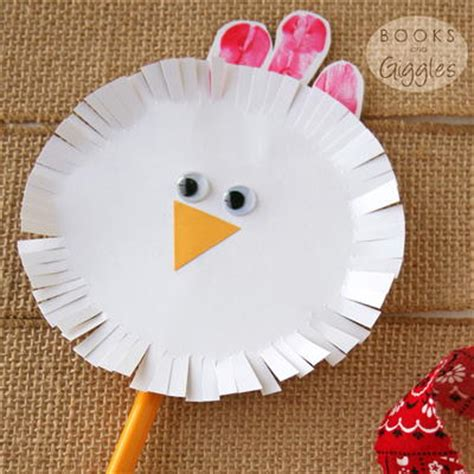 chicken crafts for spinning chicken craft for toddlers preschoolers