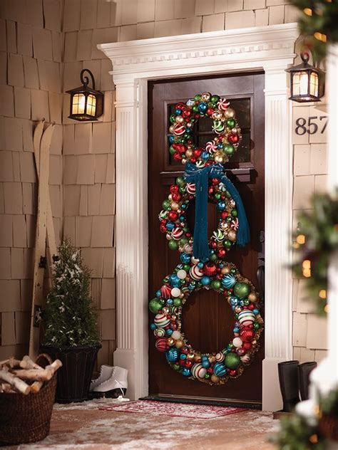 decorating doors for christmas 10 pretty christmas door decorations home design garden