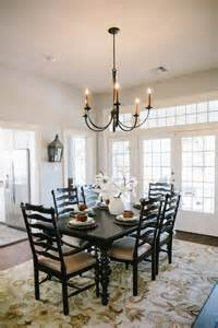 Joanna Gaines Dining Room Table Decor Fixer Table And Chairs Magnolia Homes And Doors