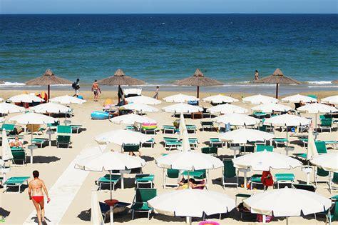 vacanza tortoreto lido hotel 3 stelle sul mare con spiaggia privata per vacanze a