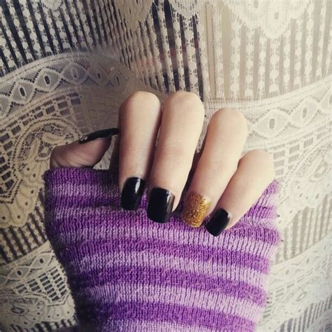 shapes of nails coughin my nails nailart manicure polish vernice black gold