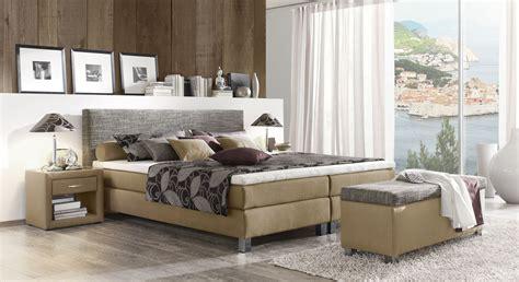 wandgestaltung schlafzimmer grau wandgestaltung wohnzimmer beige braun kreative deko