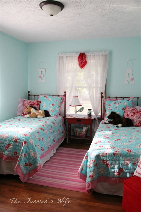 turquoise red bedroom the farmer s wife country cute turquoise red bedroom