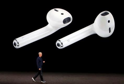i'm not optimistic about apple's new earpods or airpods