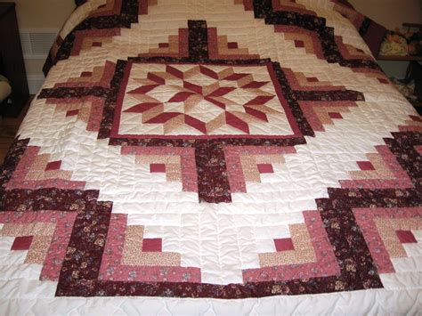 Log Cabin Patchwork Quilt - log cabin patchwork quilted quilt f 151 country living