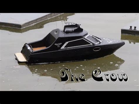 rc jet boat unboxing revell rc speedboat maxi unboxing and first run doovi