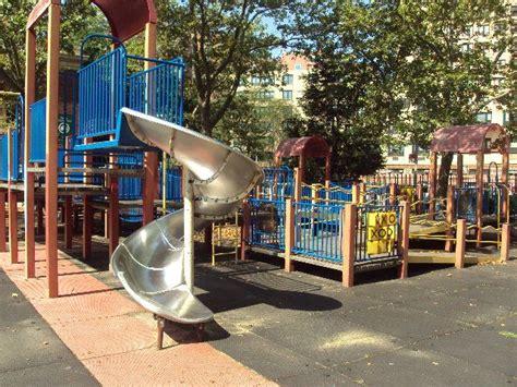 Abata Playground Type Mg 35 asser levy playground nyc parks