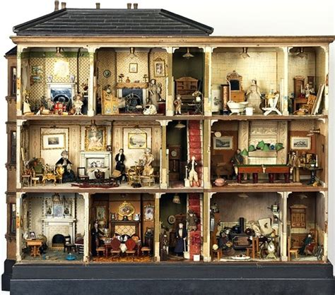 dolls house london miss amy miles dollshouse this dolls house is permanently on exhibit at the victoria