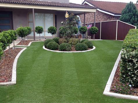 decorar jardines en blanco jardines con cesped artificial para la decoraci 243 n de la casa