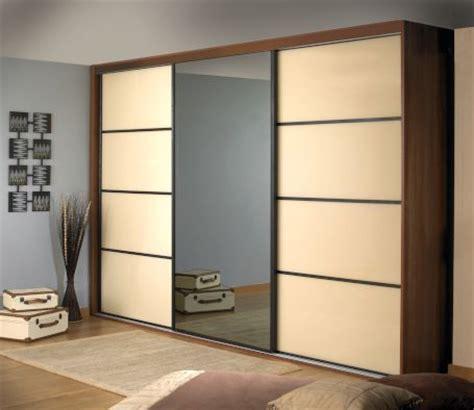 Sliding Door Wardrobes Company by De 25 Bedste Id 233 Er Inden For Sliding Wardrobe P 229