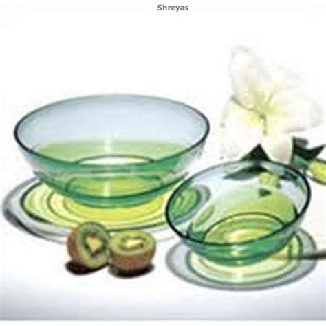 Tupperware Eleganzia Bowl tupperware eleganzia bowl 0 6 l 1 5 ltrs set of 2
