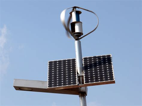 60w Wind Solar Hybrid Street Light System 24v Input Hybrid Solar Lighting System