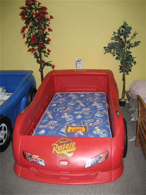 toddler bed age kids twin bed age appropriate consumerism