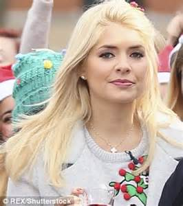 holly willoughby films christmas episode of this morning