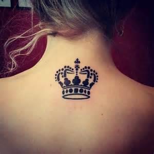 corona de reina tatuajes para