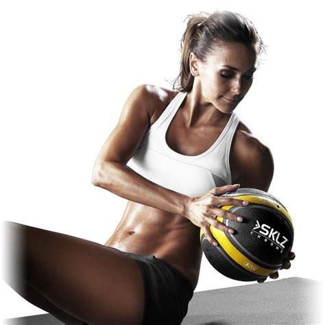 power medicine ball exercises  dominate  core  blast  body lean   fitness