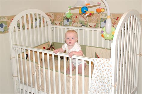Newborn Baby In Crib 5 Tips For Choosing The Best Baby Crib The Tips Tips For Study Work And