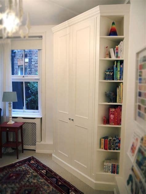 Corner Wardrobe Ideas by Best 25 Corner Closet Ideas On Corner Closet