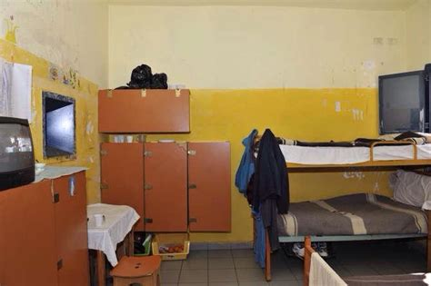 casa circondariale imperia imperia foto carcere radicali italiani