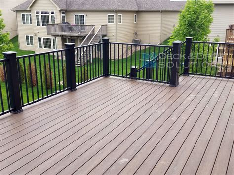 Timbertec Decking by New Timbertech S Legacy Decking Mocha Des Moines Deck