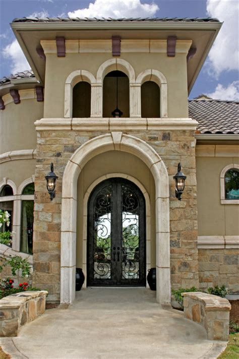 home entry tuscan design